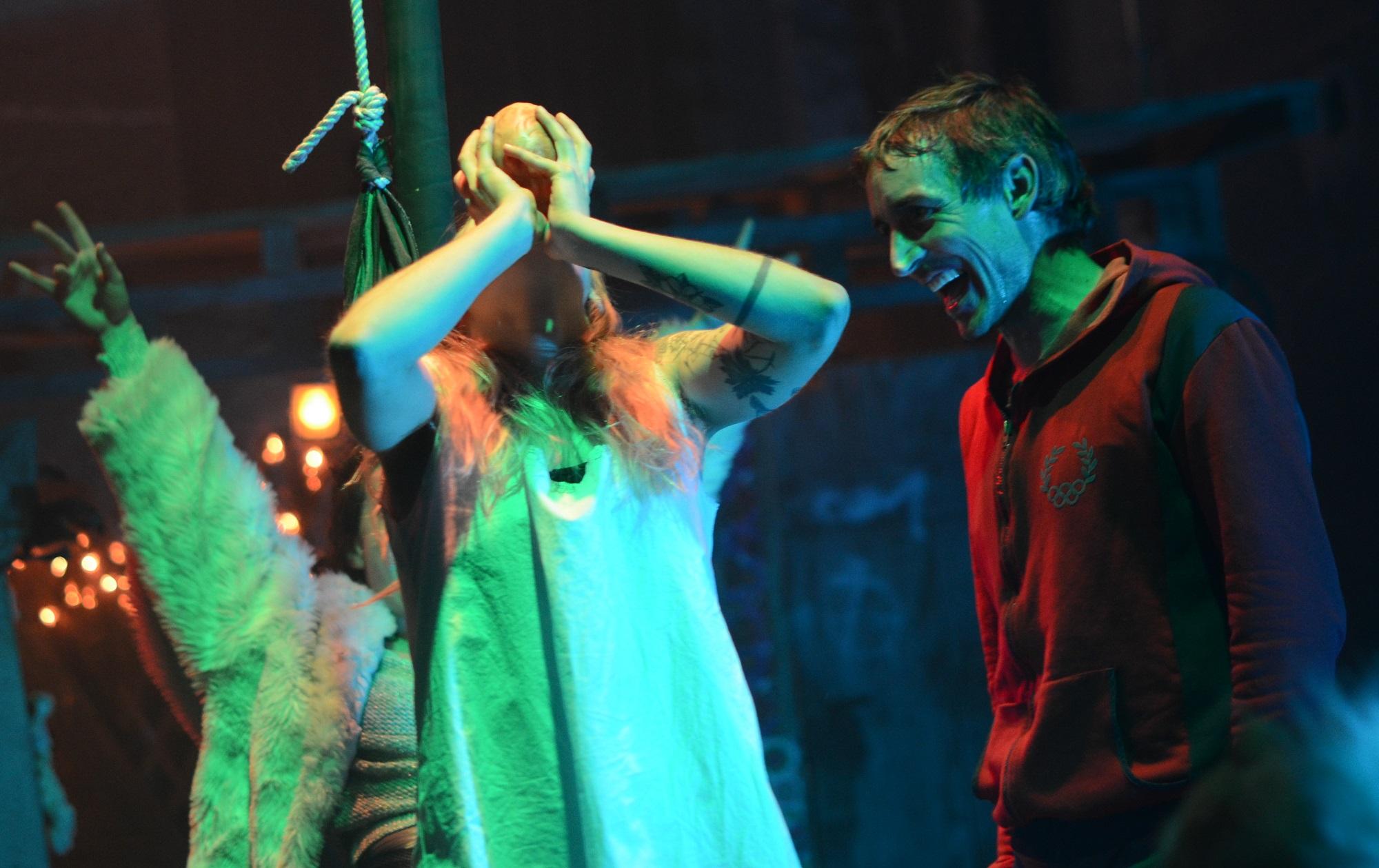 Der Teufel ist los - Mendrisch Premiere mit Sofie Jasmin sabroe und Dominique Jann