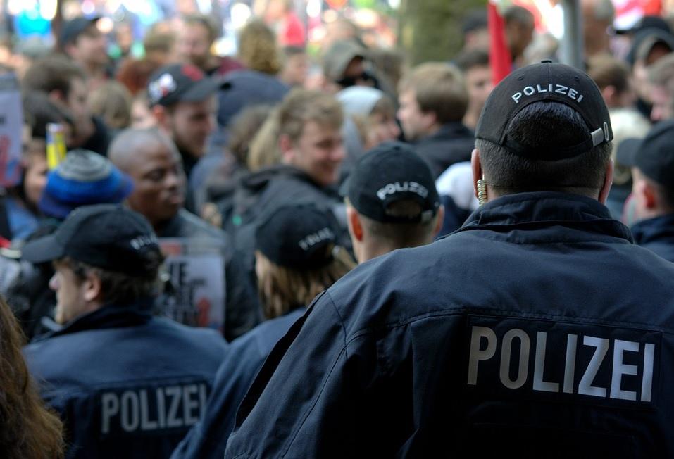 Das neue Anti-Terror-Gesetz verstösst gegen Menschenrechte, weswegen das Referendum ergriffen wurde