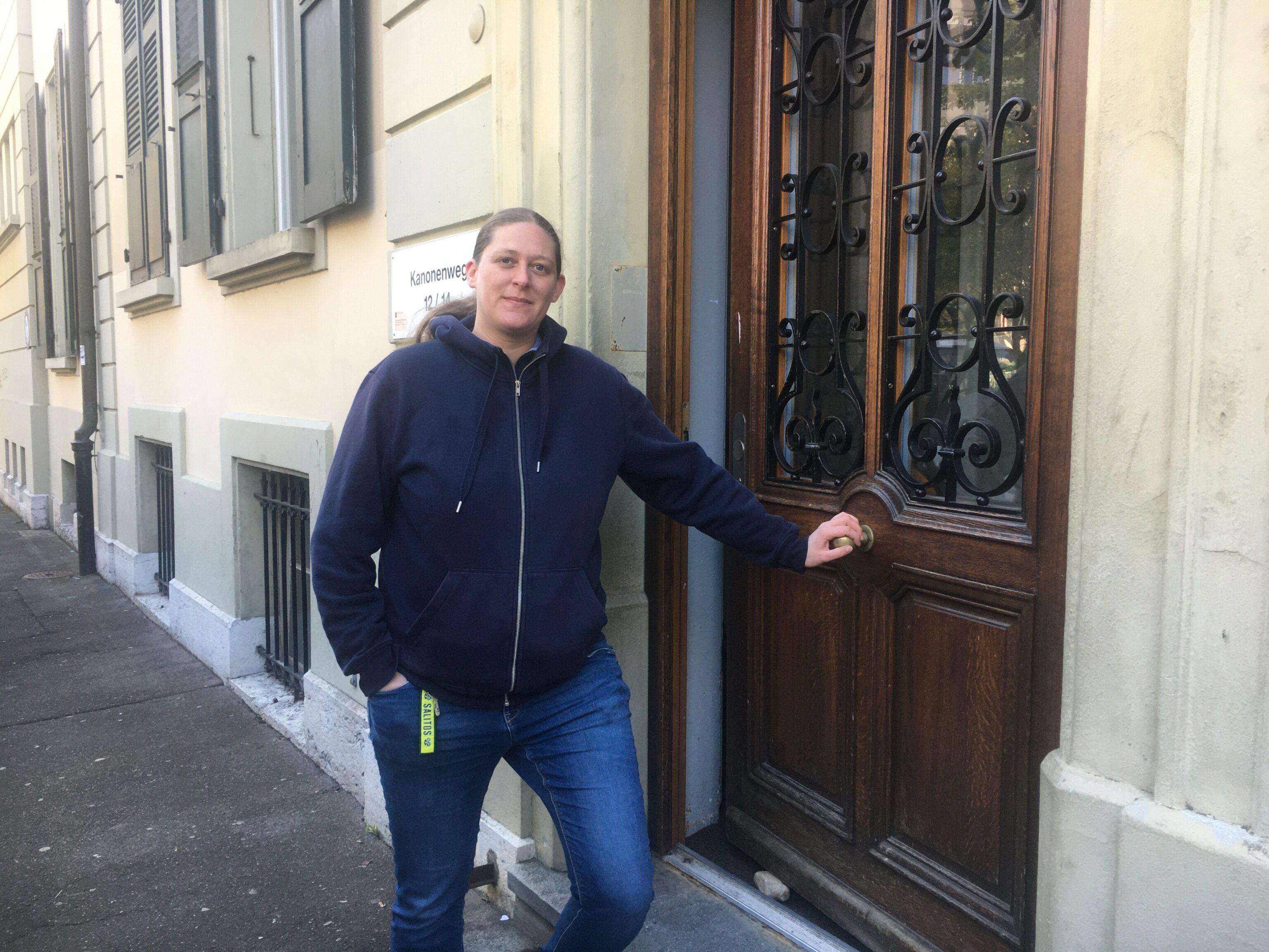 Zora Schneider will in den Berner Stadtrat gewählt werden und empfindet das Asylzentrum als Unort
