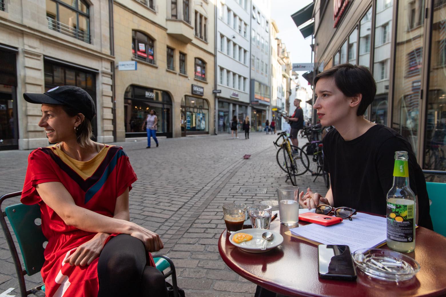 Bei Blasphemic Reading Soirée werden akademische Texte mit queer-feministischem Blick gelesen