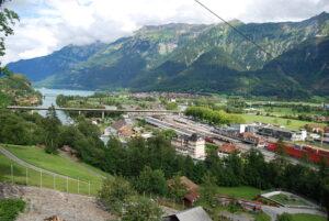 Klimaneutrales Berner Oberland-Ost – Die Universität Bern lanciert ein Energie-Experiment, wo das Lokale im Zentrum steht