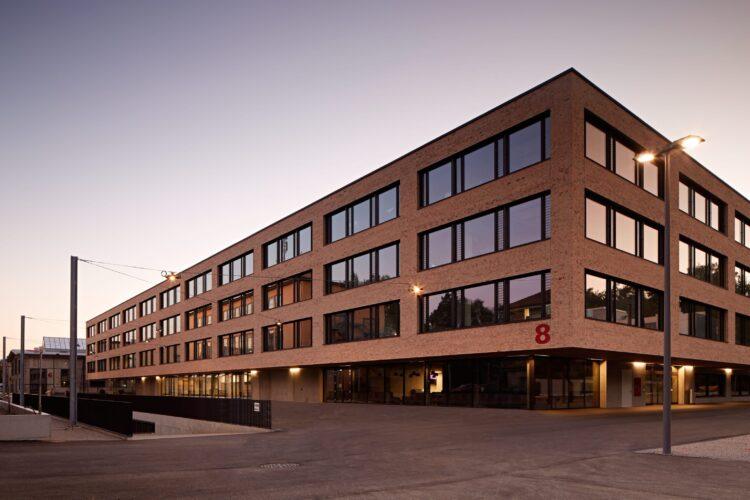 Die Pädagogische Hochschule Bern verzeichnet immer mehr Anmeldungen, vor allem auch von Studierenden die von ausserhalb des Kantons Bern zuziehen